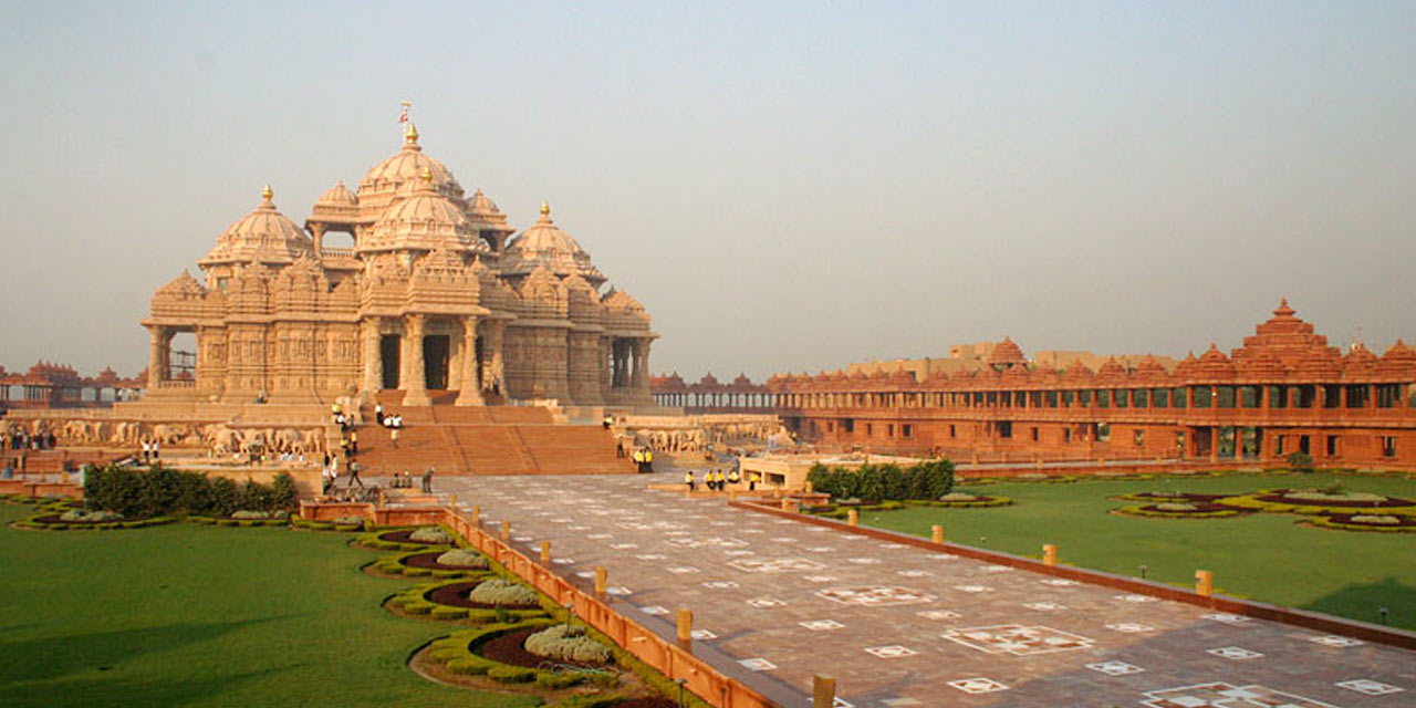 Akshardham Temple, Ahmedabad Top Places to Visit in Three Days