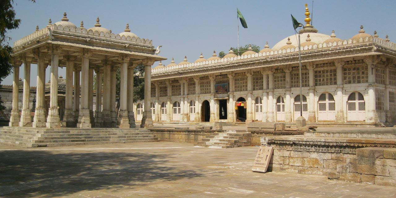 Sarkhej Roza, Ahmedabad Top Places to Visit in Three Days